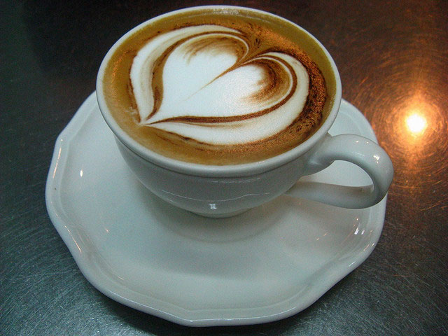 Latte Art Designs : Creative latte art designs loving heart